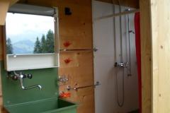Brünneli und Dusche